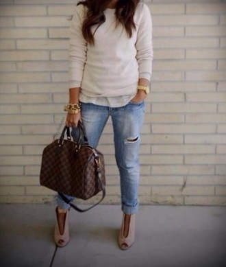 sweater beige sweater white sweater off white sweater bag jeans shoes jewels
