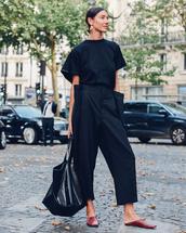 pants,wide-leg pants,black pants,black blouse,flats,bag,earrings