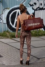 bag,leggings,leopard print,gym bag,travel bag,adidas,leather,gym,stripes,duffle,dope,khaki