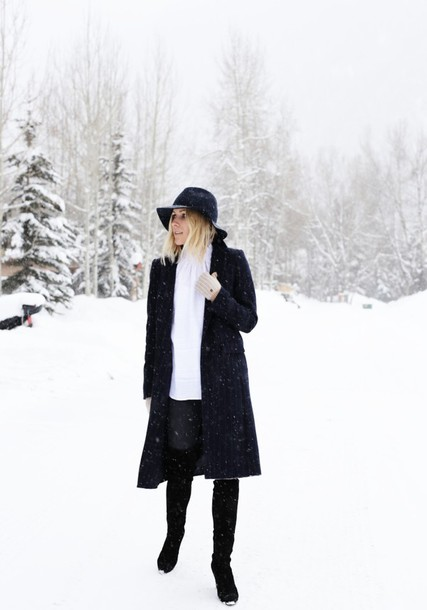 damsel in dior blogger shoes top hat jeans coat