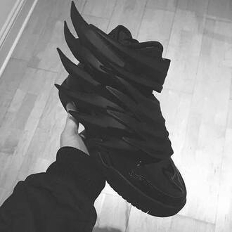 jeremy scott black wings batman