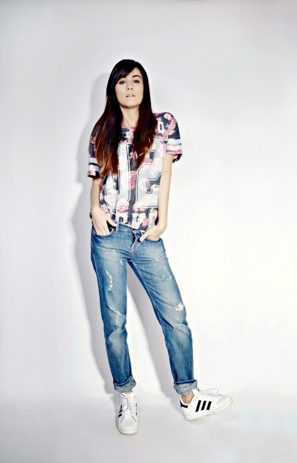 quality rivets t-shirt dress jeans shoes