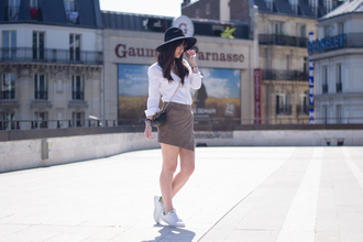 meet me in paree blogger skirt shirt bag hat shoes