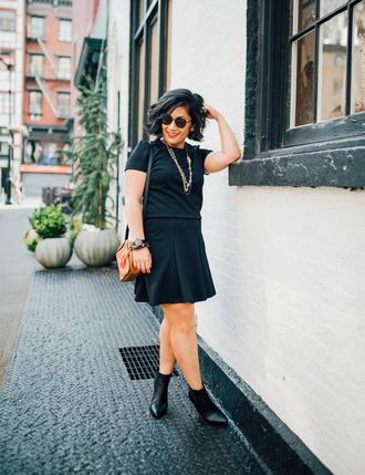 mimi & chichi blog blogger dress jacket bag jewels hat fall outfits shoulder bag ankle boots
