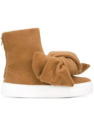 bow boots nude shoes