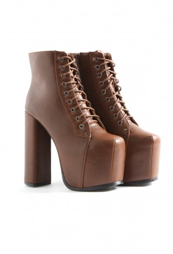 Darby Ultimate Leather Platform Boots In Tan - footwear - missguided
