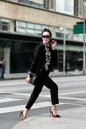 pants,tumblr,capri pants,black pants,cropped pants,stripes,striped pants,black blazer,blazer,shirt,printed shirt,sunglasses,black,black bag,pumps,pointed toe pumps,high heel pumps,matching set,power suit,two piece pantsuits,office outfits,work outfits