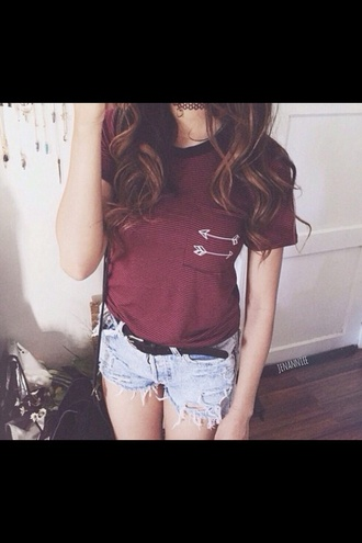 t-shirt red arrow whites shorts high waisted shorts blue blue shorts grunge tumblr outfit girly clothes style tumblr beautiful pretty red t-shirt bag tumblr shorts tumblr shirt grunge jewelry