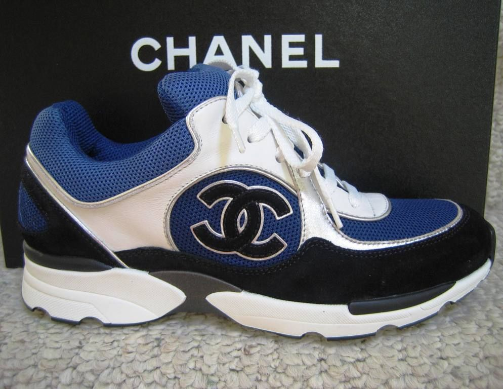 CHANEL CC LOGO SNEAKERS TENNIS SHOES WHITE BLUE BLACK TRAINERS 38 38.5 NEW