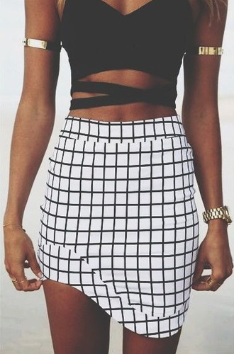 skirt black white geometric cubes grunge pale instagram tumblr tumblr outfit summer summer outfits shorts top cute indie boho bohemian vintage hipster chanel vogue