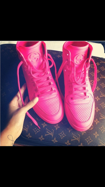 shoes gucci sneaker louis vuitton