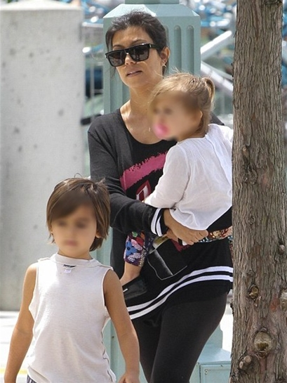 Lauren Moshi Barb Color Lipstick Sweater in Black as seen on Kourtney Kardashian