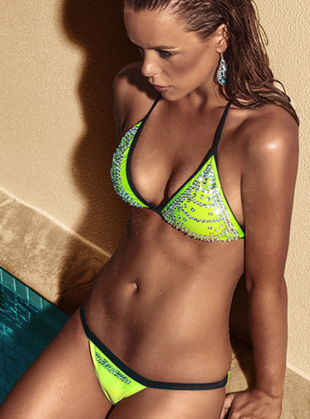 Find the latest and trendy styles of neon green bikinis - lime green bikini top and bottoms at ZAFUL. We are pleased you with the latest fashion trends bright green bikini.
