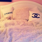 home accessory,bedding,bedroom,pink,bedroom pink,pillow pink,chanel,tumblr bedroom