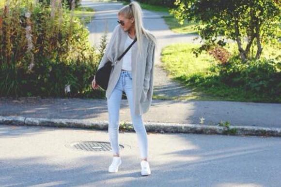 jeans grey gris fashion cardigan bleu doux clair cardigan long gilet maille blue blue jeans summer outfits winter jacket winter cardigan taille haute