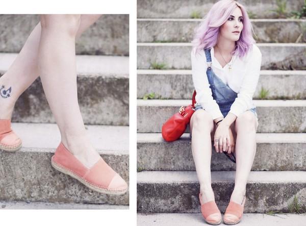 like a riot blogger jewels sunglasses blouse bag shoes