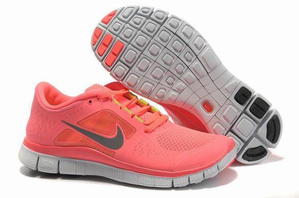 nike free run trainers women