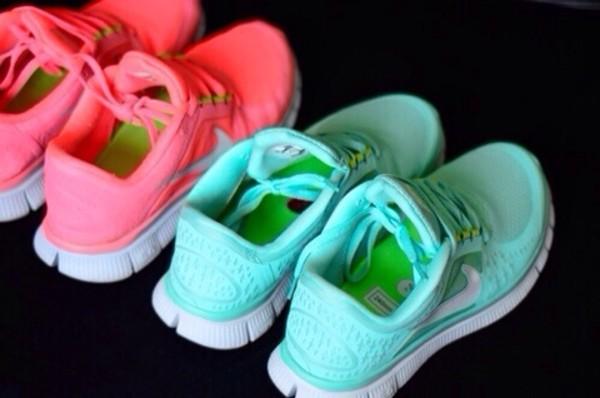 shoes light blue nike nike running shoes nike air nike free run pink by victorias secret panter like beautiful sneakers nike sneakers purple