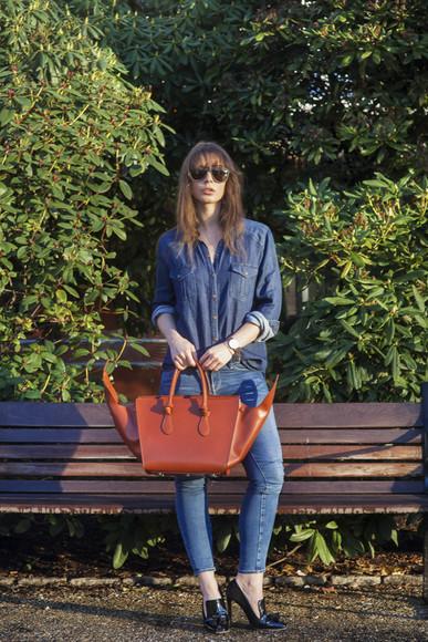 blogger jeans bag portable package sunglasses denim red bag black heels denim shirt