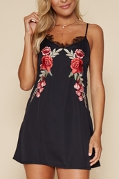 dress,black,summer,spring,girly,black dress,little black dress,roses,floral,flowers,beautifulhalo