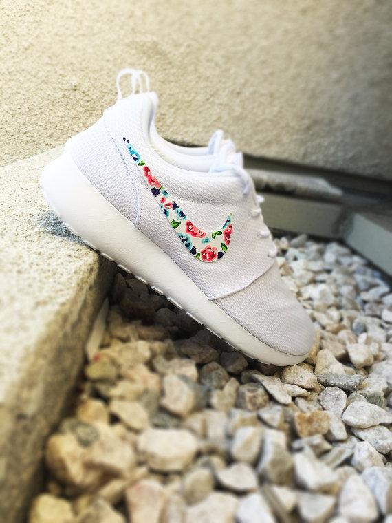 48264983502de Womens Custom Nike Roshe Run Floral design