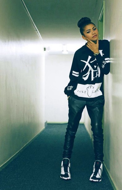 e8e3fd961e7c sweater shoes zendaya perfecto white jordans air jordan sweatshirt harem  pants jeans leather pants leather black