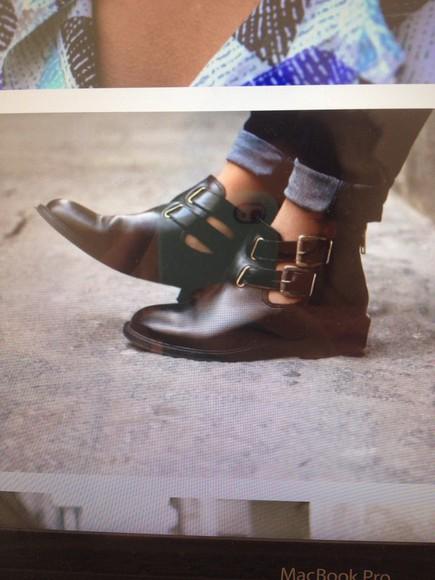 cuir black boots
