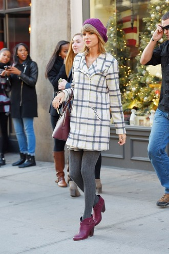 coat boots tights fall outfits taylor swift streetstyle hat shoes