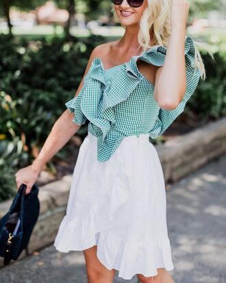top green top tumblr gingham gingham top asymmetrical asymmetrical top ruffle skirt mini skirt wrap skirt wrap ruffle skirt summer outfits