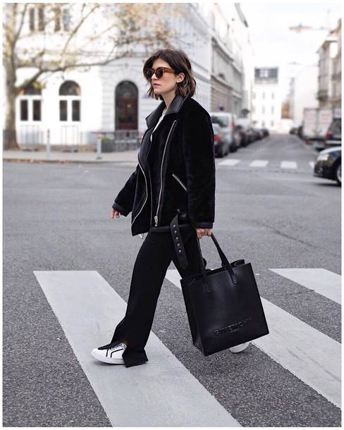 jacket tumblr black jacket shearling jacket black shearling jacket pants black pants wide-leg pants bag black bag sunglasses sneakers