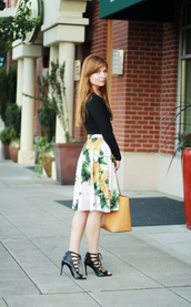 velvet venue,t-shirt,skirt,shoes,bag