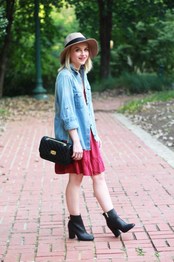 poor little it girl blogger shoes bag