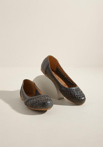 Cami boho casual amazing stylish scene flats leather flats leather navy blue shoes