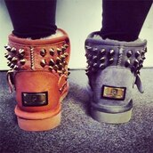 shoes,winter boots,boot,boots,spikes,fashion,gold template,grey,coral,ugg boots,spiked,brown,winter outfits,spiked shoes,fur boots,studded shoes,boots with spikes and cheetah print,uggs?,booties