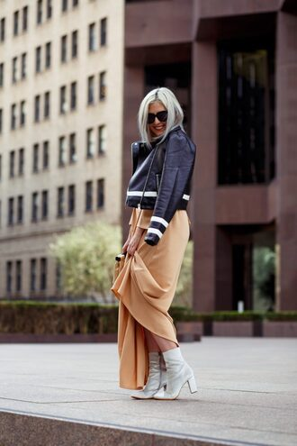 katwalksf blogger jacket dress shoes sunglasses bag biker jacket leather jacket ankle boots maxi dress spring outfits