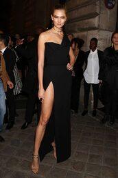 dress,gown,paris fashion week 2016,karlie kloss,sandals,sandal heels,model,slit dress,prom dress,one shoulder,black prom dress,evening dress,long evening dress,evening outfits,formal dress
