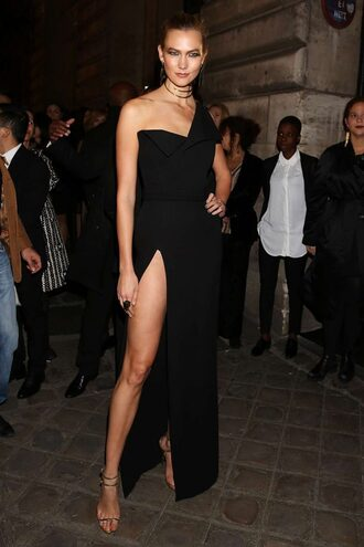 dress gown paris fashion week 2016 karlie kloss sandals sandal heels model slit dress prom dress one shoulder black prom dress evening dress long evening dress evening outfits formal dress