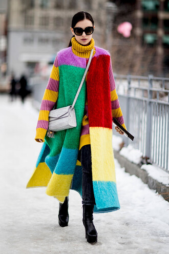 jacket long vest nyfw 2017 fashion week 2017 fashion week streetstyle vest sweater turtleneck turtleneck sweater stripes striped sweater denim jeans black jeans boots black boots platform boots bag grey bag crossbody bag sunglasses