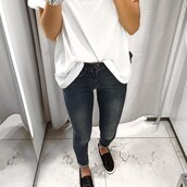 jeans,white,black,clean,white t-shirt,white top,black and white,elegant,fashion,classy,black slip ons,shoes,black shoes,slip on shoes,silver,casual,casual t-shirts,t-shirt,pants,grey jeans