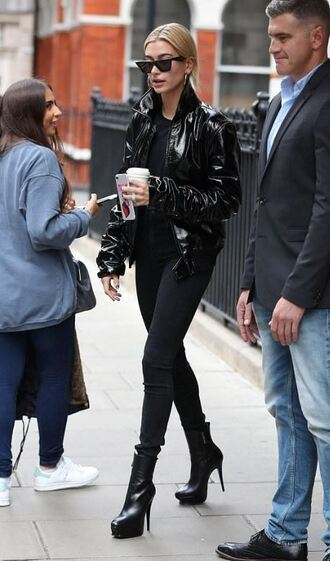 pants top london fashion week 2017 streetstyle hailey baldwin fall outfits t-shirt shoes