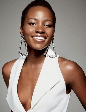 jewels earrings lupita nyong'o diamonds white