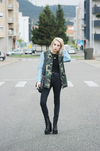 the black effect blogger camo jacket