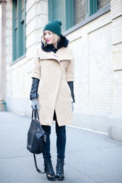 eat sleep wear,coat,jacket,shirt,pants,shoes,bag,hat,knitted gloves,beige coat,fur collar jacket,black bag,jeans,black jeans,skinny jeans,beanie,boots,lace up boots,winter outfits,winter look
