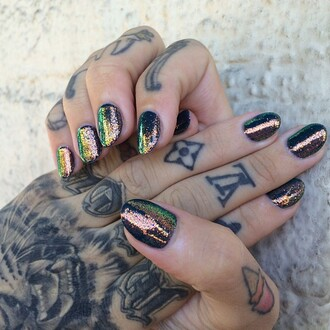 nail polish shiny multicolor nails hand jewelry beautiful tattoo nail accessories glitter hipster glitter nail polish iridescent iridescent nail polish sparkle gold manicure holographic colorful green yellow bronze metallic nails