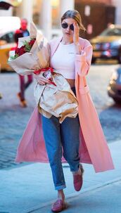 shoes,slippers,gigi hadid,trench coat,crop tops,jeans,streetstyle,model off-duty,spring outfits,coat