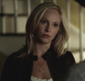 top,the vampire diaries,jacket,caroline forbes,candice accola