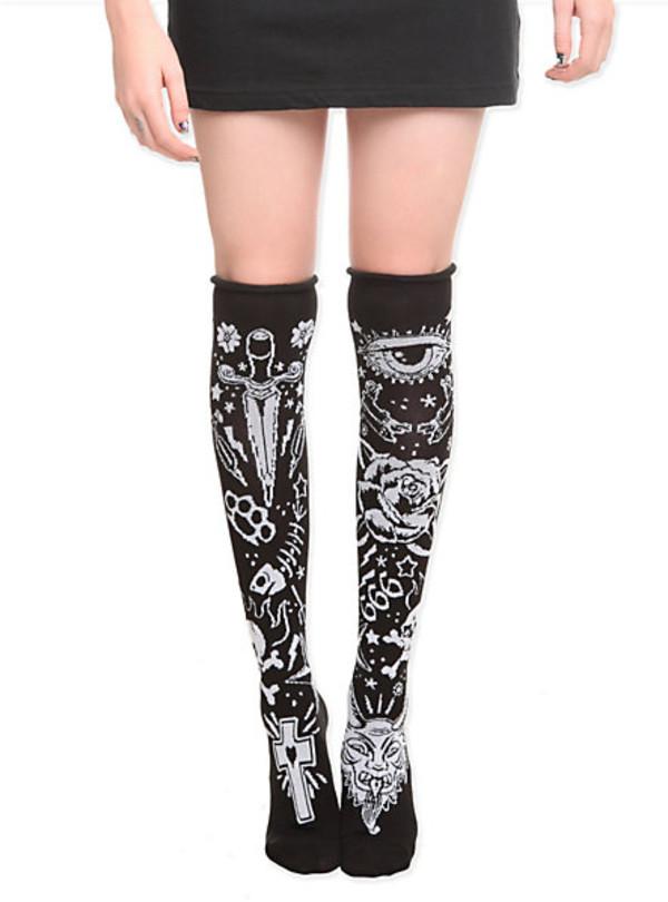socks black and white alternative