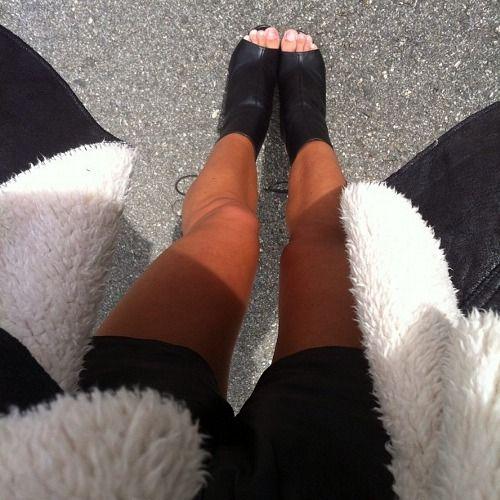 Hallie black pu high heel chelsea boots