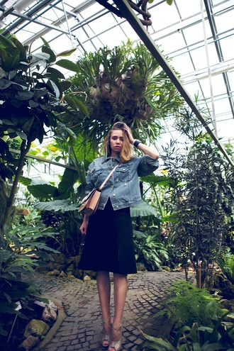 vasilieva blogger black skirt denim jacket peep toe heels