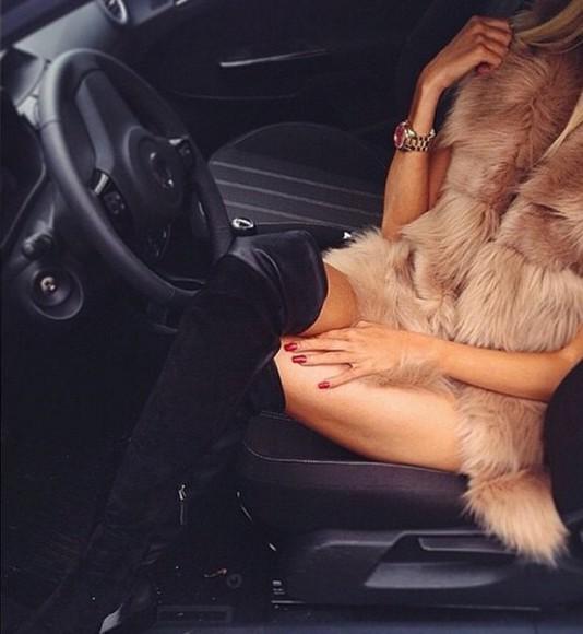 fur scarf faux fur thigh high boots beige jacket beige coat bodywarmer high heels over the knee stole vest collar gilet gilet beige